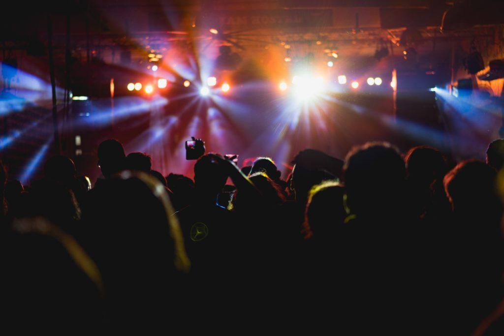 Comment planifier un spectacle : Trouver le bon site.