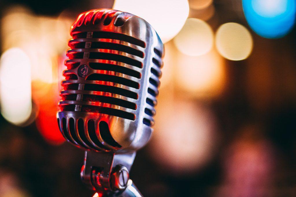 Comment planifier un spectacle : Assurez-vous de vérifier le son.