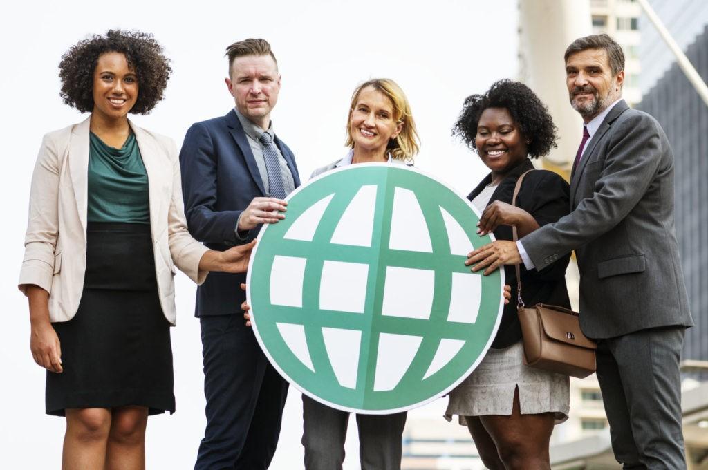 Evenementenboekingssystemen moet internationale bezoekers ondersteunen.