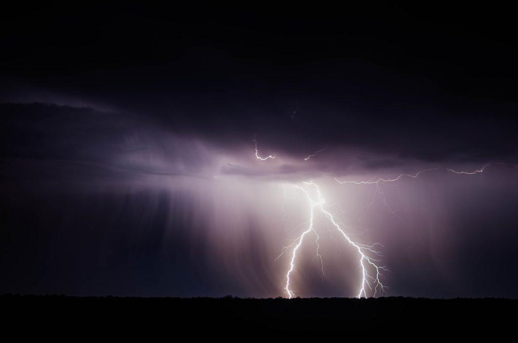 Eventversicherung: Unwetter ist nicht sehr festlich.