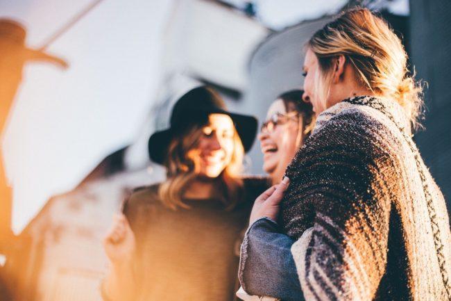 Promover din Zumba-klasse ved at få folk til at tale med deres venner og familie
