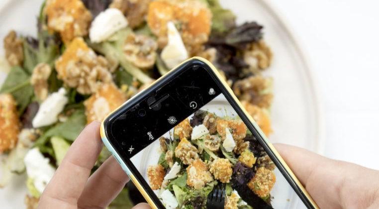Ta en bild av välsmakande mat