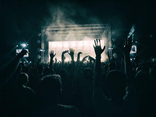 Hoe organiseer je een muziekfestival buiten