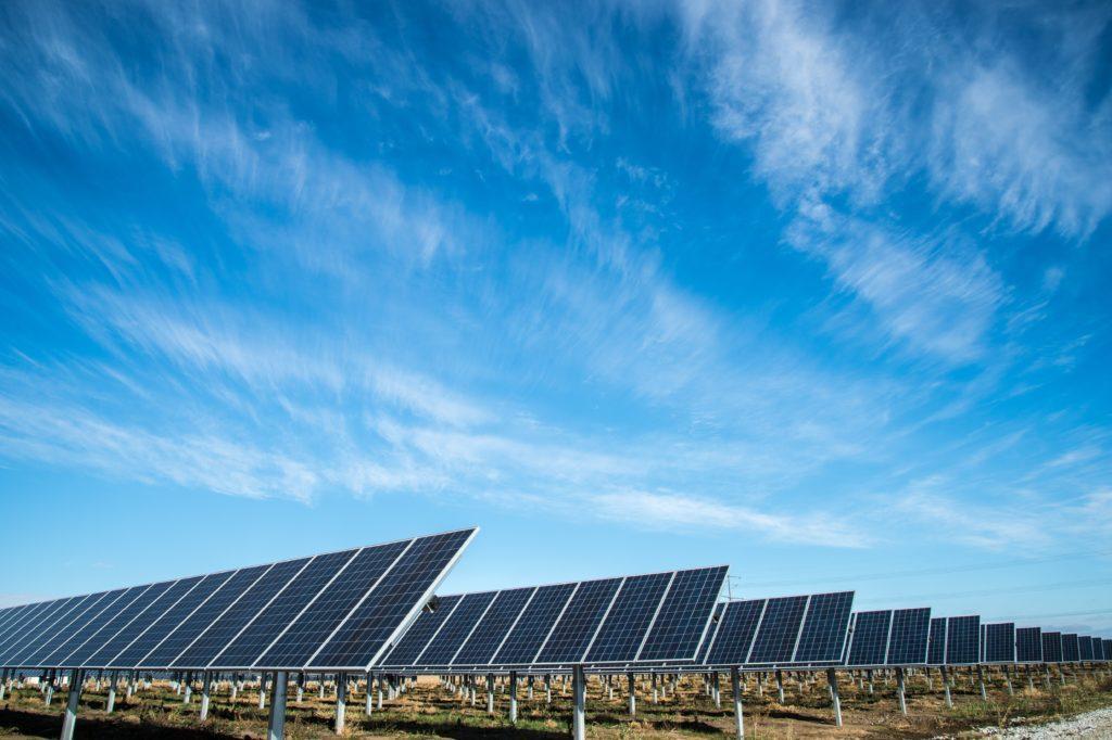 Hållbart evenemang: Använd solenergi för att minska koldioxidutsläppen.
