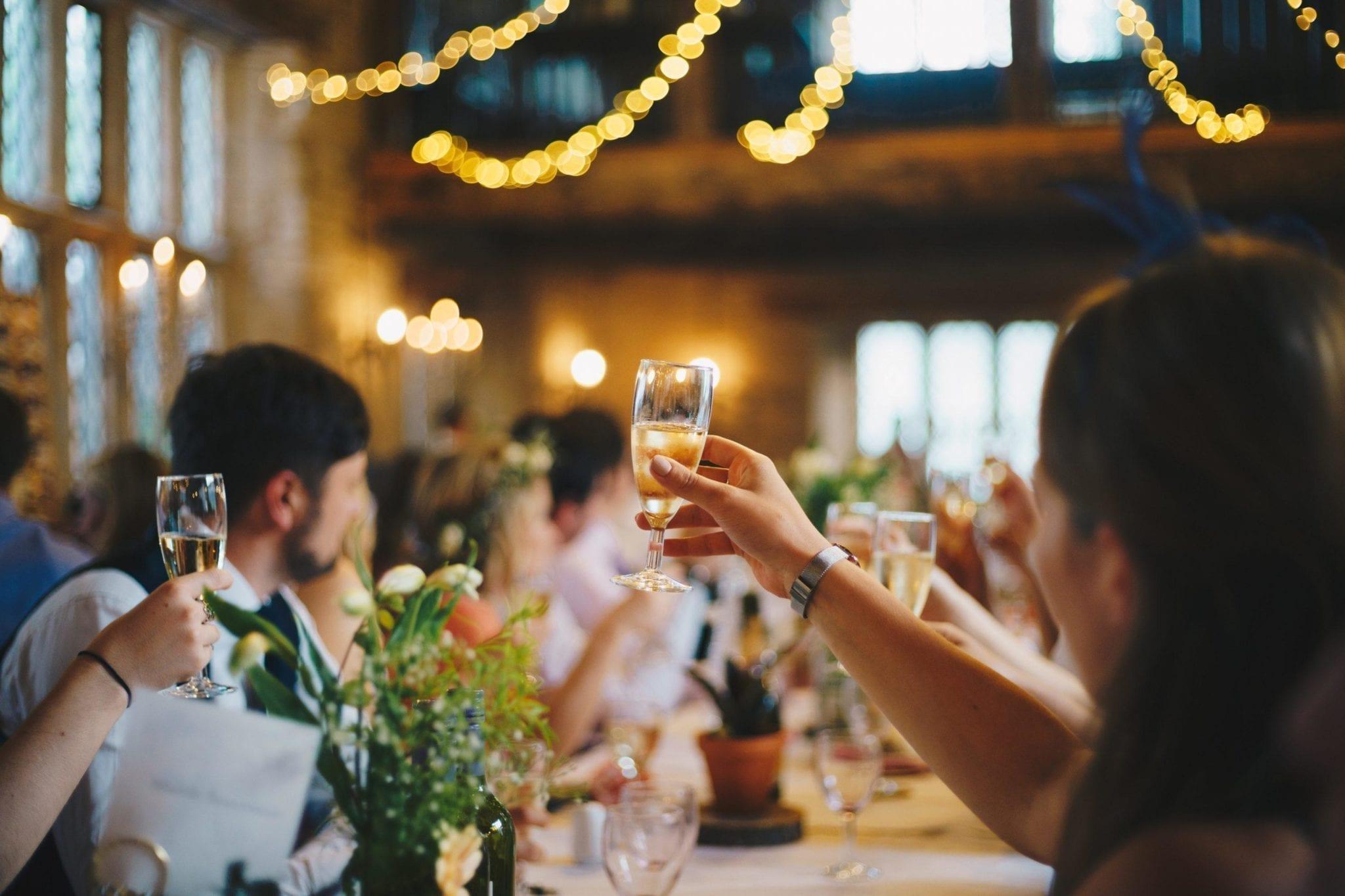 Hääjuhla ja maljan kohotus