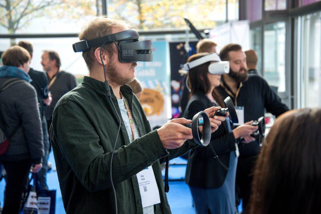 Réalité Augmentée et Virtuelle pour évènements : Faites entrer vos spectateurs en compétition dans un espace virtuel.
