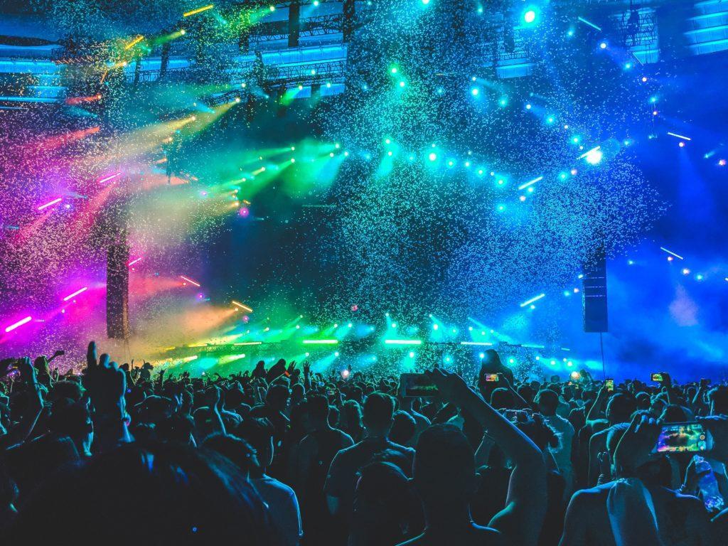 Cómo organizar un evento de discoteca: El lugar es uno de sus mayores puntos de venta.