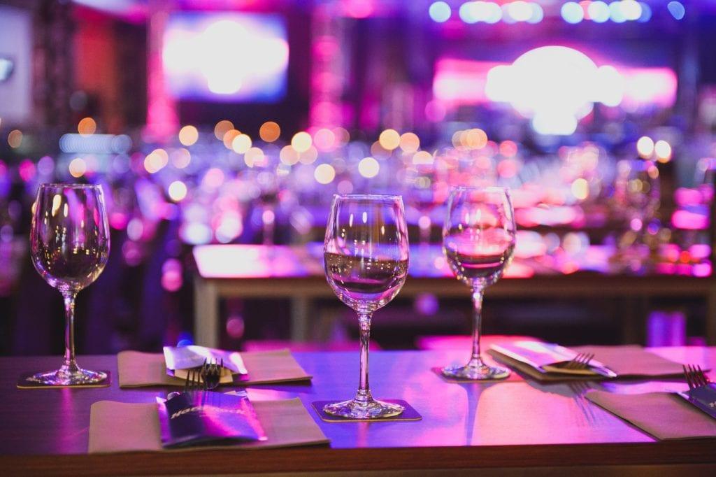 Ballen en gala's zijn populaire thema's als het gaat om fondsenwervers.